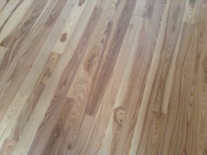 Character white ash floor.  Standard flat floor